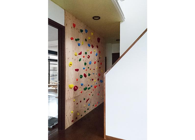 リフォーム・リノベーション工事 ボルダリングの壁