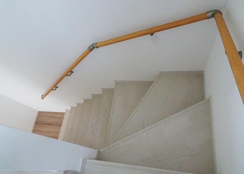 新築賃貸アパート建設施工工事 階段